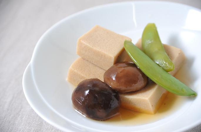 高野豆腐と椎茸の含め煮